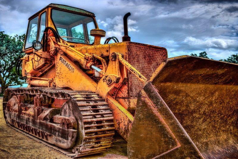 excavators-1563190_1920