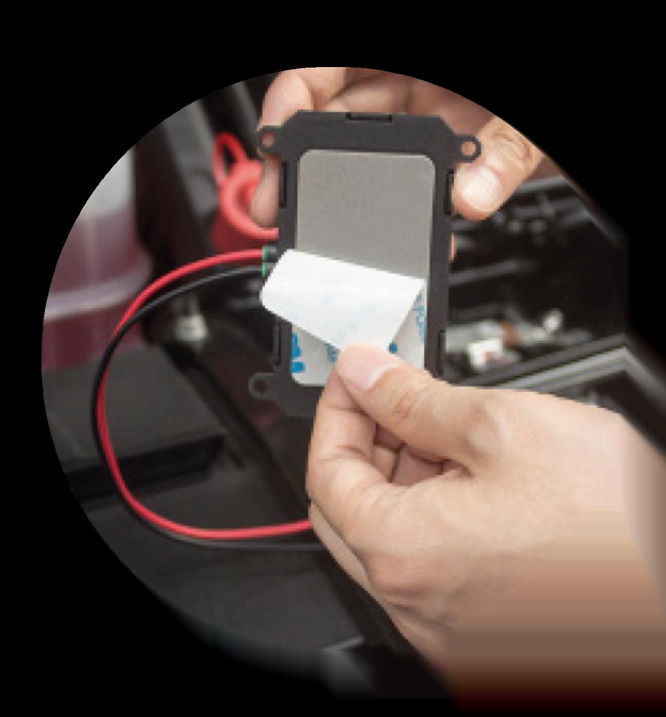 Anleitung Einbau Vehicle 1.0 schritt 1 1300x1400 - LP Einbau Vehicle Finder 1.0